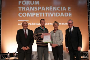 International Forum on Transparency and Competitiveness in Curitiba, Brazil
