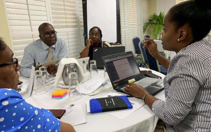 Grenada testing a newly developed web-version of StaTact