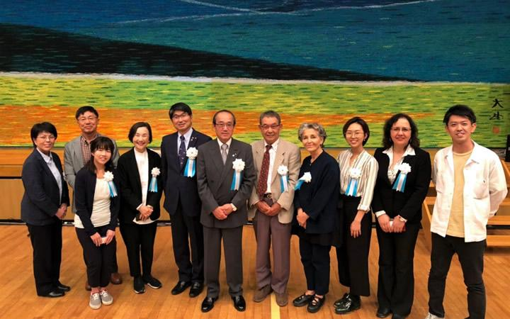 GLH family with Mr. Nishikiori (center) and with Mayor Kazumi Matsui of Hiroshima City and Mayor Tomihisa Taue of Nagasaki City