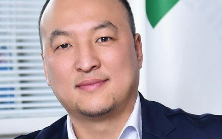 "Mr. Bumerdene Dulam, CEO of Mongolian National Consulting Firm and a founder of the NGO ""Mongolian Green Business Council"""
