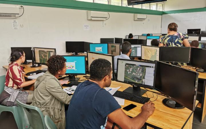 Participants taking part in the mapthon activities.