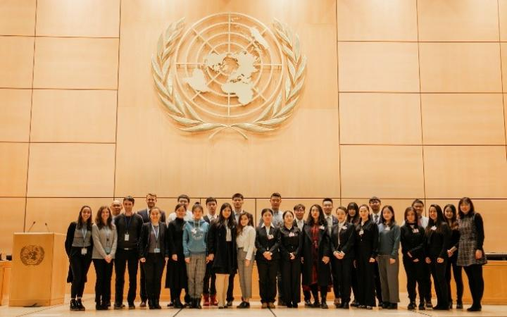 Group photo at the Assembly Hall, the largest room in the Palais des Nations