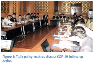 Figure 1: Tajik policy-makers discuss COP 19 follow-up action.