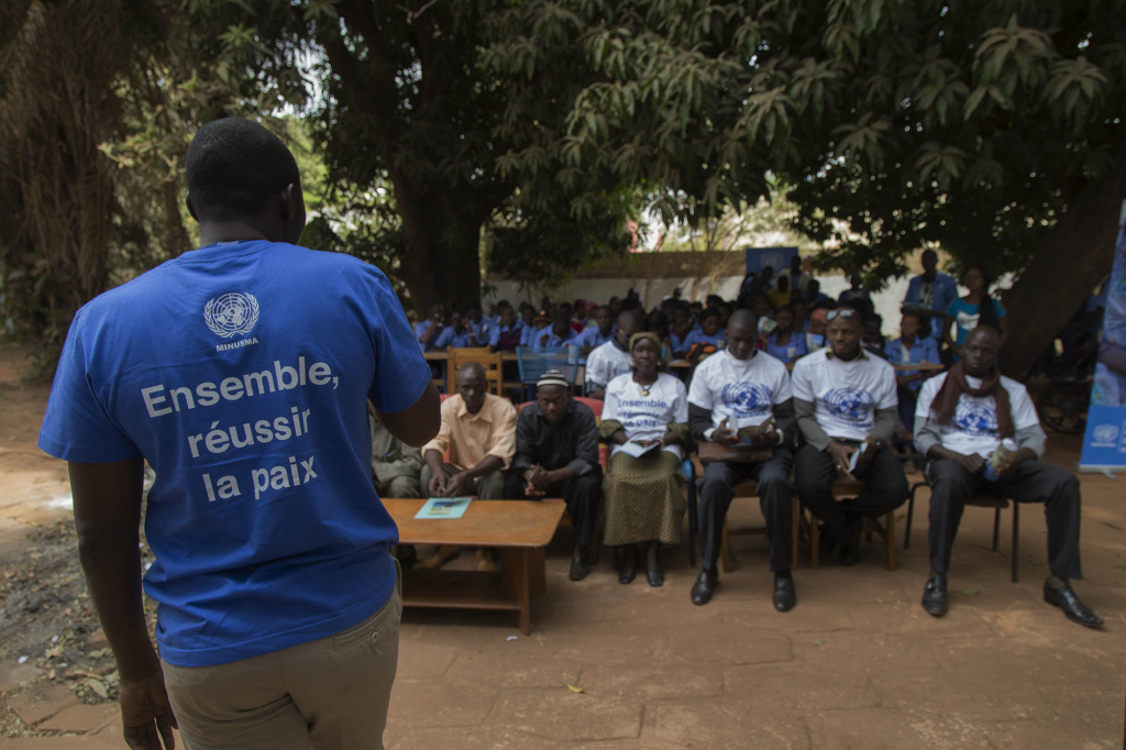 Bamako, January 22, 2015, awareness and information sessions at high schools students on the mandate of the MINUSMA and the role of peacekeepers in Mali.   Photo: MINUSMA/Harandane Dicko