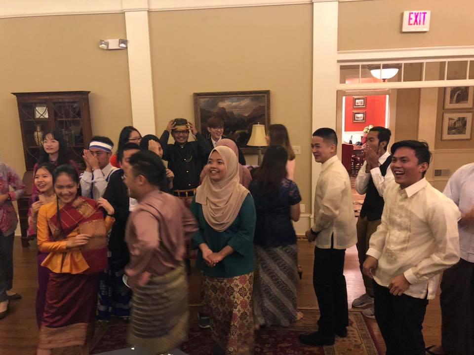 Students of the Young Southeast Asian Leaders Initiative (YSEALI) during cultural activity