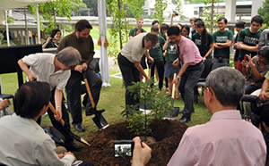 Green Legacy Hiroshima Initiative Awarded the 2014 Heritage for the Future status by UNESCO Associations in Japan